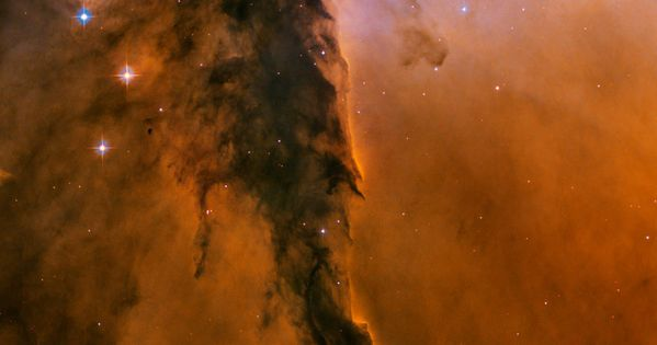 The Fairy of Eagle Nebula. Fairypillar formation of Cosmic dust from outer