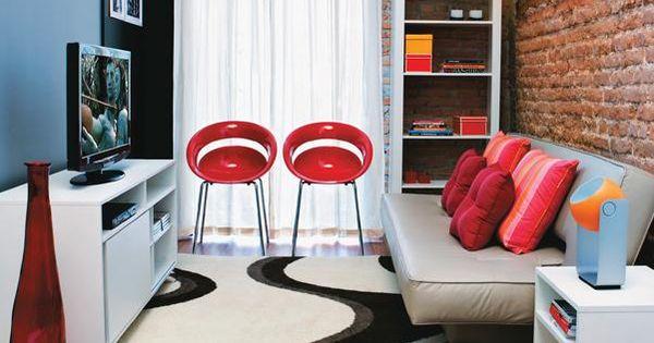 Salas de estar pequenas espacios peque os pinterest for Salas espacios pequenos