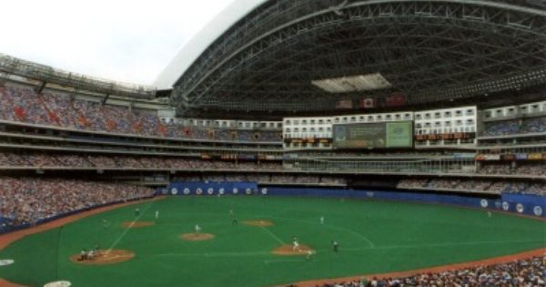 The Rodgers Centre Toronto Ontario Canada A Marvel Back In The Early 1990s This Ballpark Could Lose About 15 000 Mlb Stadiums Rogers Centre Baseball Park