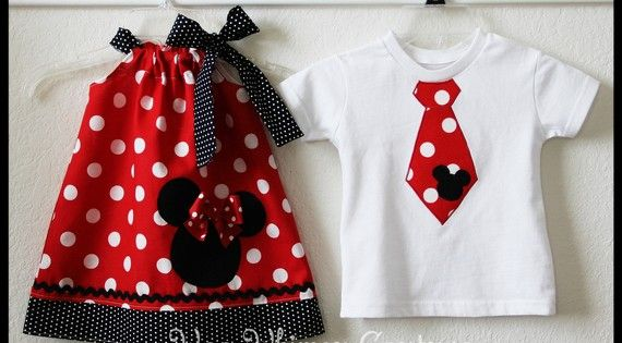 Cute brother sister Disney outfits.