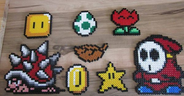 super mario aus b gelperlen hama perler beads b gelperlen pinterest b gelperlen perlen. Black Bedroom Furniture Sets. Home Design Ideas
