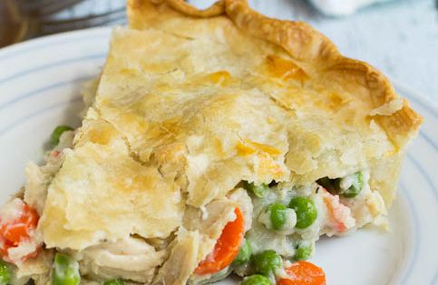 Easy Chicken Pot Pie- super easy, the recipe uses rotisserie chicken and