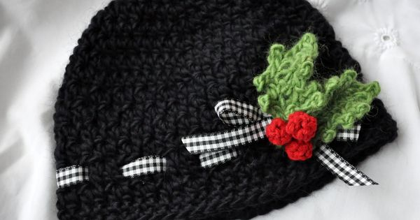Little Birdie Secrets: holly berries baby hat and the ...