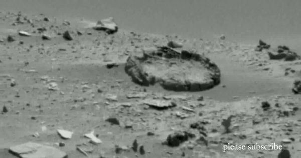 Mars Anomalies 'Signs of the past' - Aug 4, 2014 |Mars Unexplained Anomalies