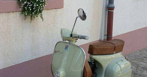 vespa mintgr n zweirad co pinterest vespa. Black Bedroom Furniture Sets. Home Design Ideas