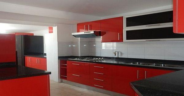 Elegantes muebles de madera para cocinas elegant red for Muebles de cocina elegantes