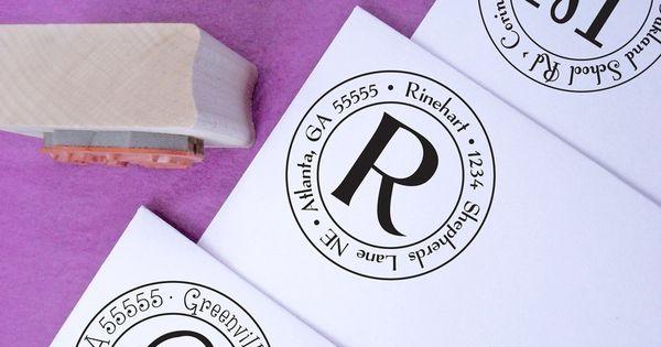 Medium round customized address stamp by for Utilisima decoracion