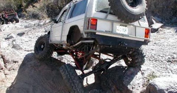 Serious Flex On An Xj Jeeps Pinterest Jeeps
