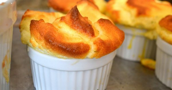Cheddar Chive Souffle - fifteen spatulas