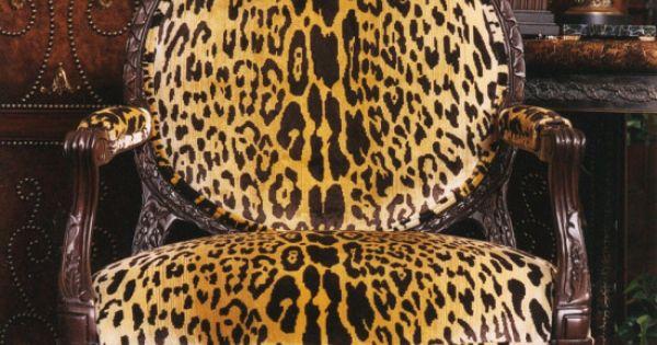 Leopard Neoclassic Fauteuil Fauteuil Pinterest Fauteuils De Velours Meubles Et Classique