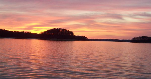 Lake lanier lake house pinterest lakes fishing and for Lake lanier fishing spots