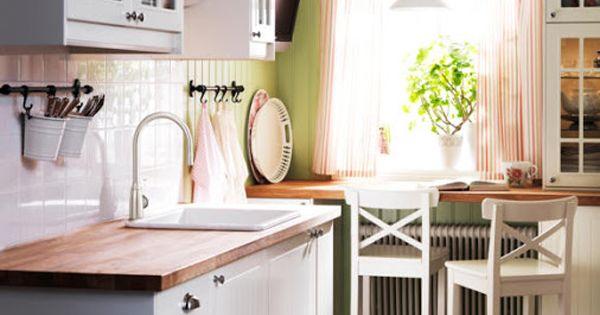 kleine k chen geschickt einrichten k che einrichtungsbeispiele und einrichtungstipps. Black Bedroom Furniture Sets. Home Design Ideas