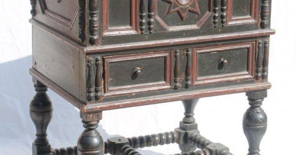 Pilgrim Century Ca 1660 Very Rare Boston Lift Top Lot 53 Antique Furniture Pinterest