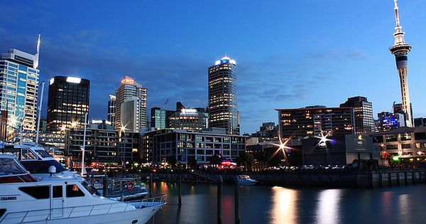auckland at night oh the places i want to go. Black Bedroom Furniture Sets. Home Design Ideas
