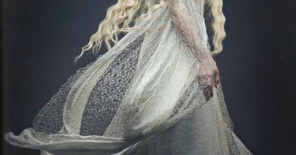 suicideblonde: Cate Blanchett as Galadriel in The HobbitCostume design by Ann Maskrey