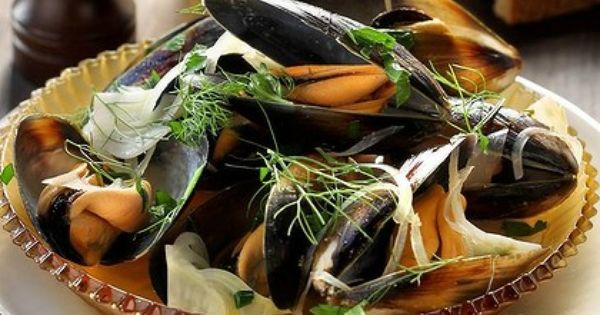with fennel and vermouth | SEAFOOD | Pinterest | Mussels, Fennel ...