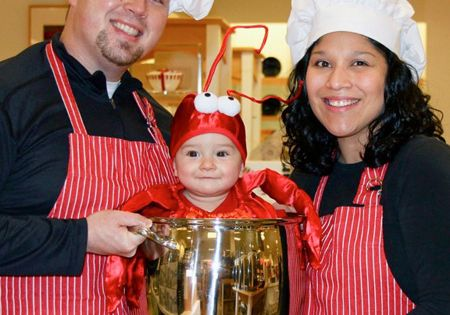 This is so ridiculous. And awesome. Chefs and a Lobster | 25
