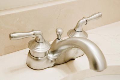 bathroom faucets clean sink