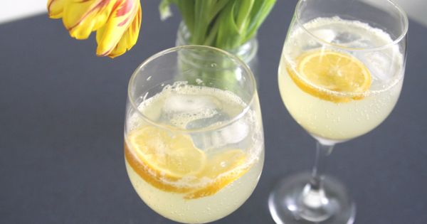 Lemon Lavender Fizz | Yum: Drink Up | Pinterest | Lemon and Lavender