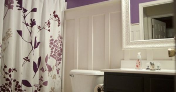 oooooooo...love the color combo and shower curtain. And if I can't find