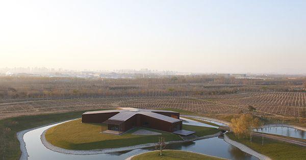 Asterisk winery beijing movement pinterest - Maison cloudy bay shack par tonkin zulaikha greer ...