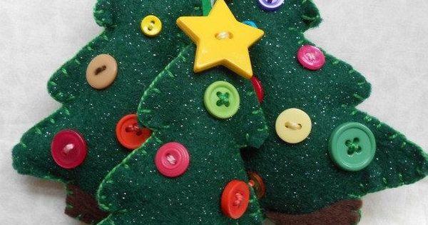 Fieltro rbol de navidad decorado con botones - Arboles de navidad manualidades navidenas ...