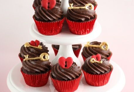 Key to Your Heart Cupcakes- inspiration for a Valentine's Day dessert