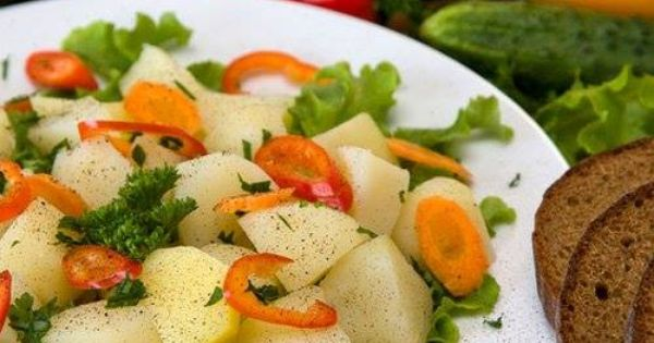 سلطة الخضار المسلوقة بطاطا 1 200 غ قرنبيط 1 200 غ بروكلي 1 200 غ جزر 4 200 غ خس 1 300 غ الصلصة عصير الليمو Vegetable Recipes Dinner Boiled Vegetables Salad