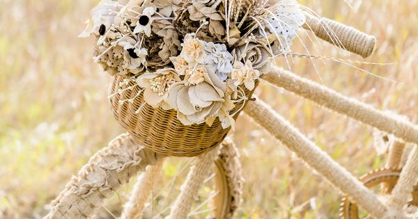 Burlap Flower Girl Basket Hobby Lobby : This lovely old bike has been transformed with beautiful
