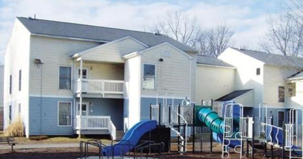 Powdermill Village Affordable Apartments In Westfield Ma Found At Affordablesearch Com 2 Beds Available Affordable Apartments Apartment Apartment Listings