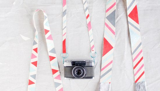 DIY Camera Strap! diy crafts wedding www.BlueRainbowDesign.com