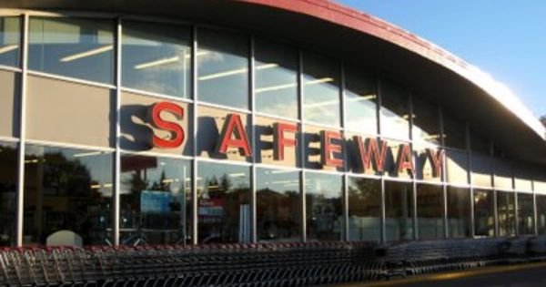 Older Safeway Store With Curved Roof Safeway Roof Architecture