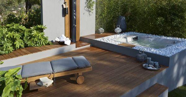 Le bois passe en terrasse leroy merlin d co ext rieur architecture - Deco jacuzzi exterieur ...