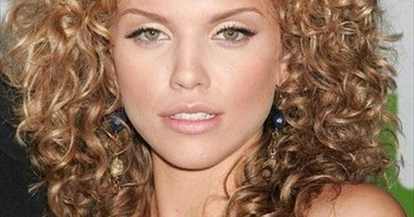 style haircuts for hair 20 hairstyles for curly frizzy hair womens haircuts and 2708