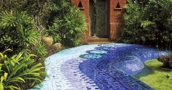 Hardscape ideas mosaic path landscaping gar for Mosaicos para jardin
