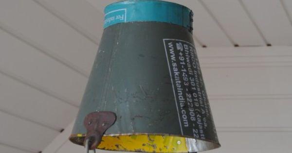 Oude Slaapkamer Lampen : Stoere hanglamp van oude emmer. www ...