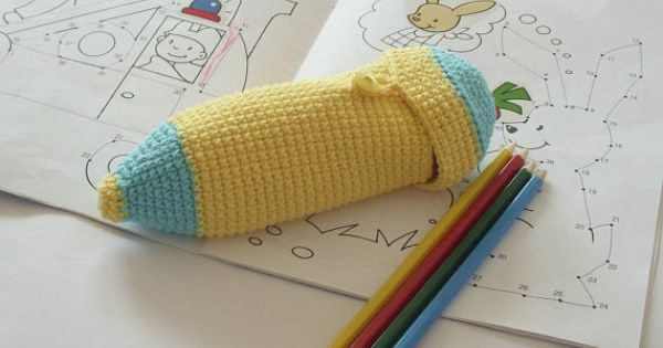 Pencil holders, Knit crochet and Pencil on Pinterest