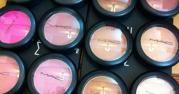 The Best of MAC: The 13 Makeup Products You Must Have! beauty
