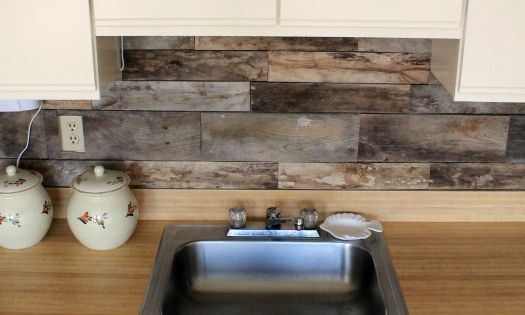 Cheap barnboard diy rustic kitchen backsplash i have been for Cheap kitchen backsplash diy