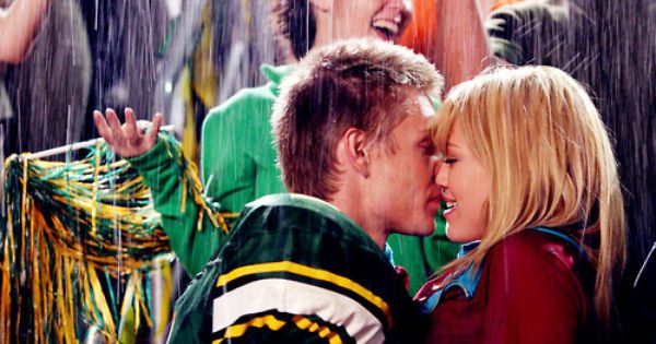 A Cinderella Story If The Shoe Fits Tessa And Reed Fanfiction Pin On Tv Movies Celebrities