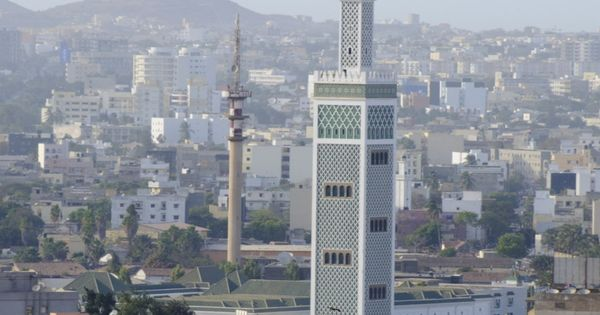 Mosque dakar senegal west africa dakar return ticket for Fenetre mermoz dakar
