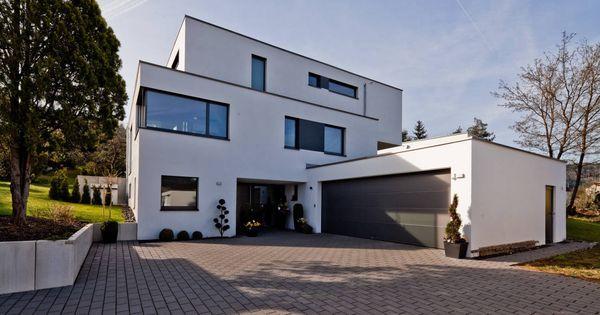 Tausend terrassen f r ein haus doppelgarage w rttemberg for Modernes haus doppelgarage