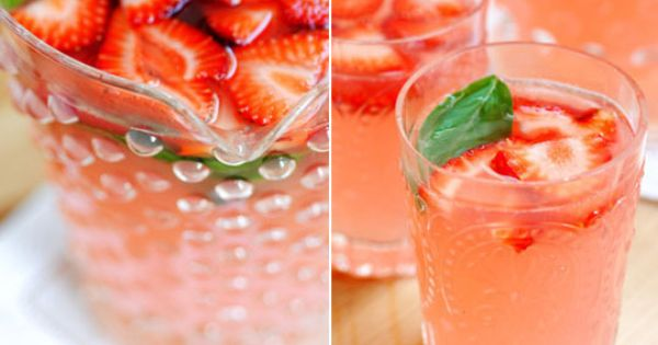 Easy Pitcher Cocktail Recipe Strawberry Margaritas.