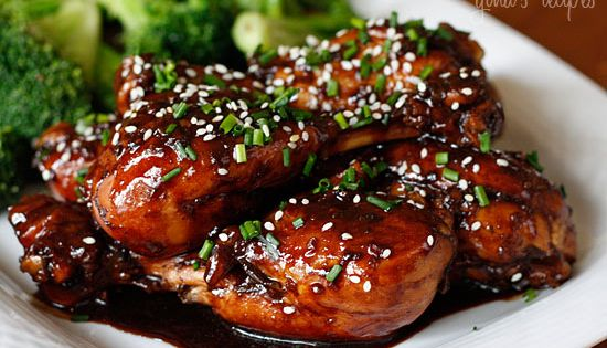Asian Glazed Drumsticks | Skinnytaste...Made this for dinner tonight with boneless chicken