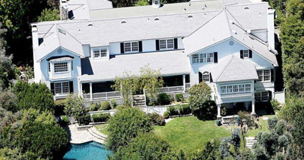 Ashton kutcher mila kunis purchase new 10 million dollar for 10 million dollar homes