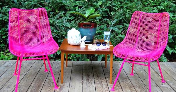 cool diy / neon pink chairs