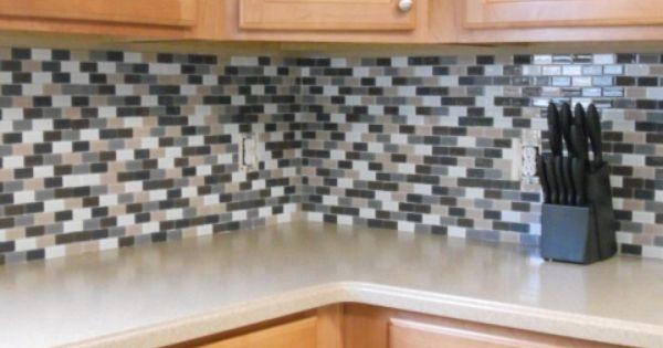 Wallpapers That Looks Like Tile Wallpaper Zone Tile Wallpaper Wallpaper Printed Rugs
