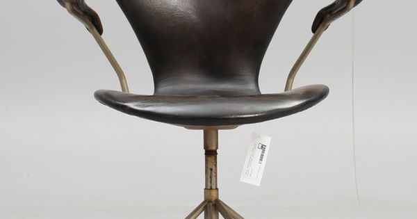 Arne jacobsen 3217 if i was a villain this is the chair i for Arne jacobsen chaise fourmi