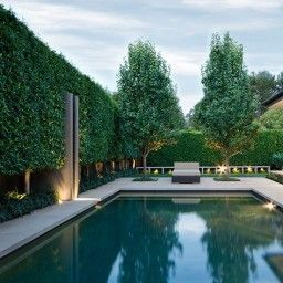 An Extensive Open Plan Extension To This Grand 1930s Home Was Given A Rear Garden That Blurred The Li Pool Landscaping Pool Landscape Design Townhouse Garden