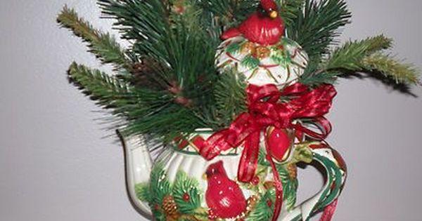 Flower Arrangement In Teapots Christmas Teapot Floral Arrangement Seasonal Home Deco Holiday Floral Arrangements Christmas Floral Arrangements Holiday Floral